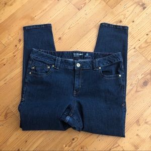 Lane Bryant blue denim jetting jeans Sz 18